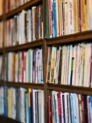 skola knihy Z internej knižnice Návratu 1